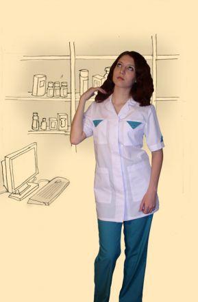 Костюм сорочечный, модель №1. Верх белый, низ зеленый.