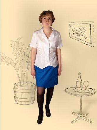 Блузка, юбка плащевая.